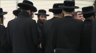 Rank and file thin guys at Lev Tahor