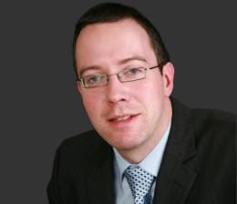 Niall MacGiollabhui, Esq